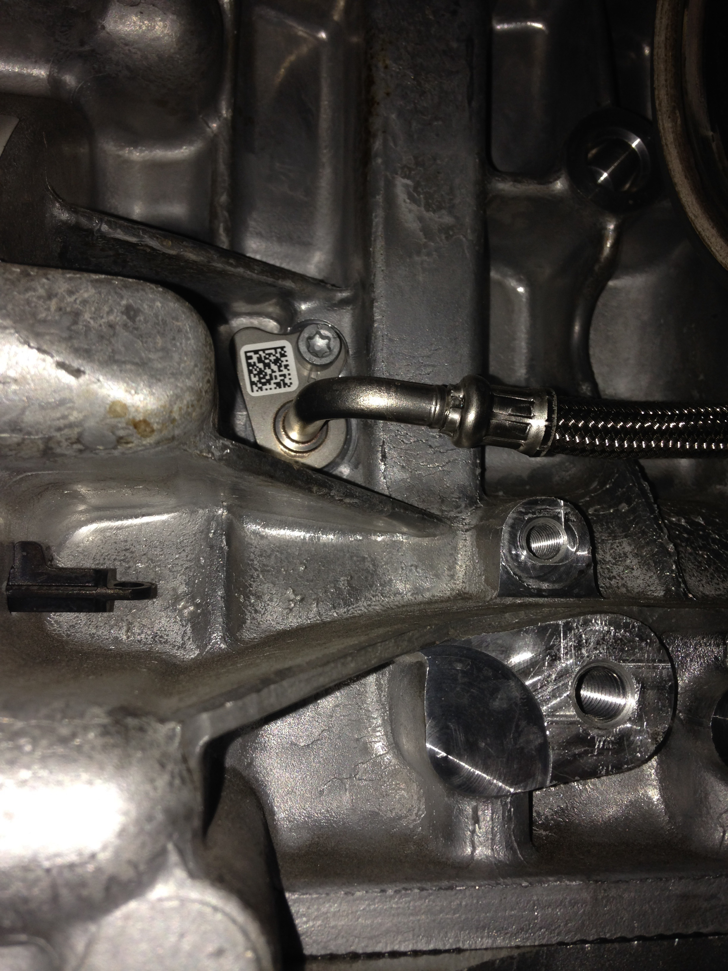 image14 n20 oil feed line update bmwtechnician